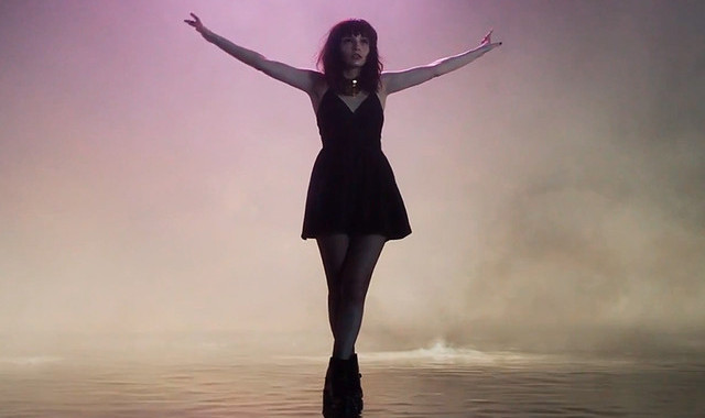 "CHVRCHES Unveil Music Video for ""Leave A Trace"""